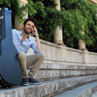 Il cantautore italiano Alfredo Pensabene allo specchio: la prima auto-intervista di Music Pixel Blog!